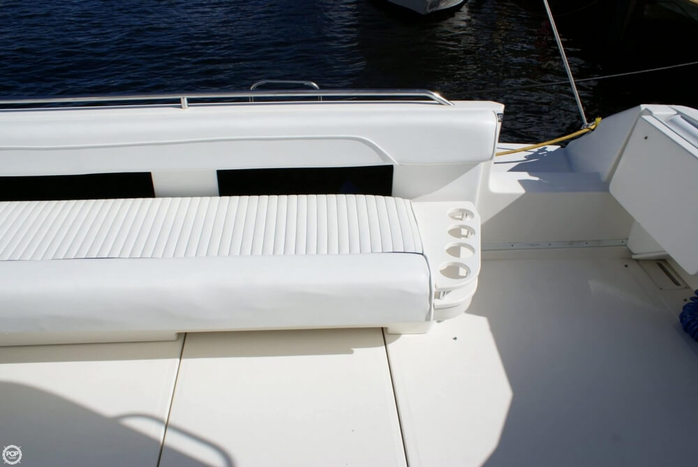1994 Sea Ray 400 Express Cruiser - Photo #34