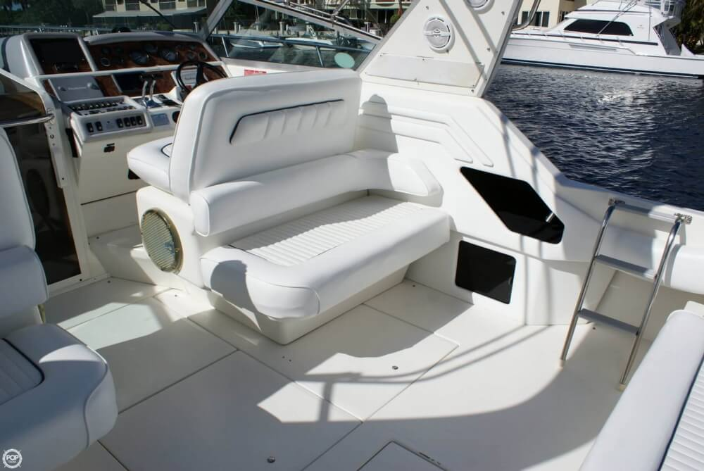 1994 Sea Ray 400 Express Cruiser - Photo #36