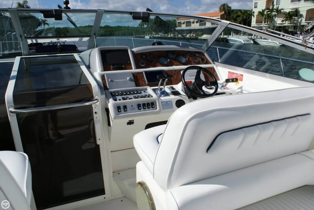 1994 Sea Ray 400 Express Cruiser - Photo #37