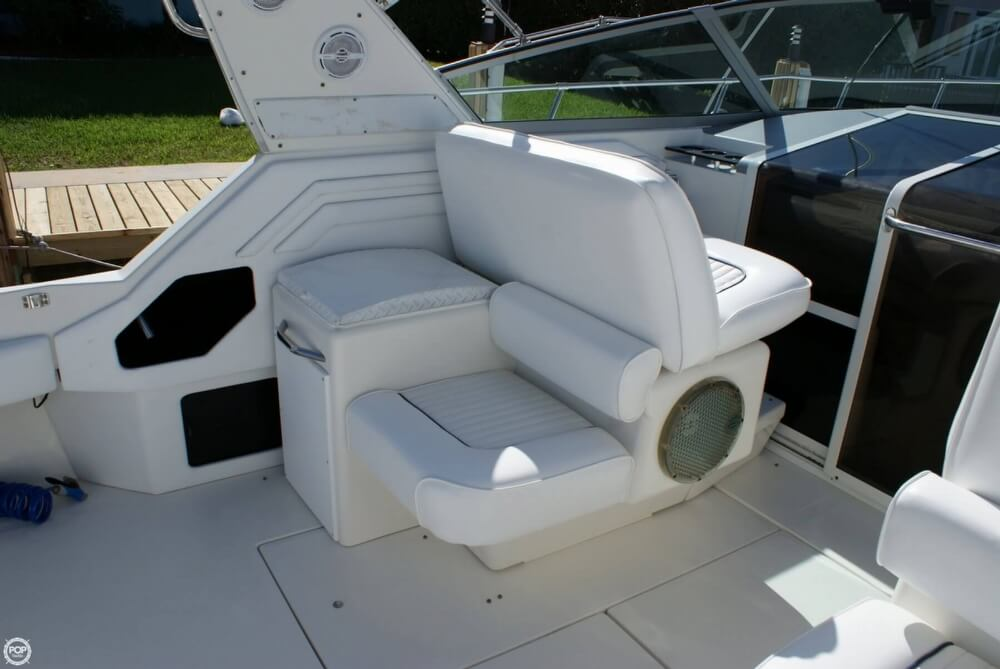 1994 Sea Ray 400 Express Cruiser - Photo #38