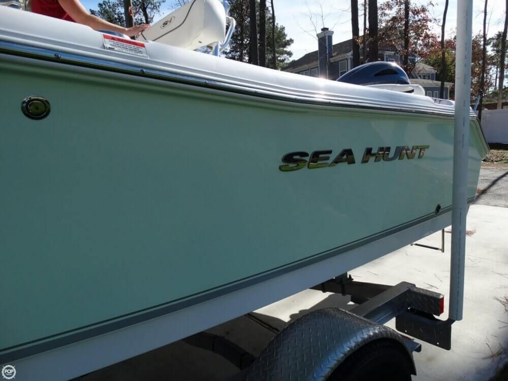 2015 Sea Hunt 196 Ultra - Photo #13
