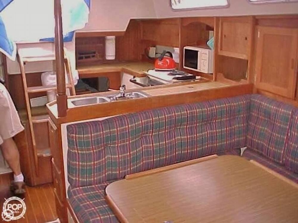 1984 Catalina 36 Tall Rig - Photo #10