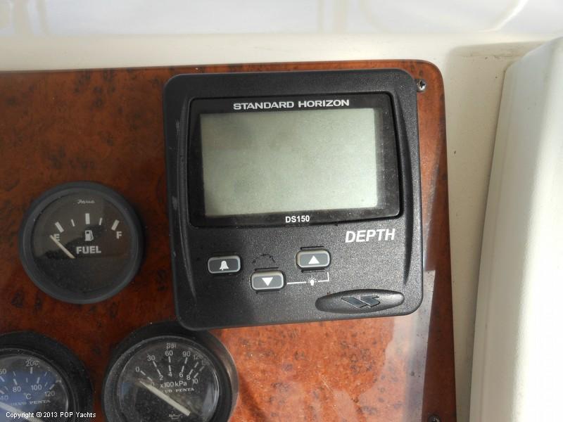 2004 Silverton 42 Convertible - Photo #34