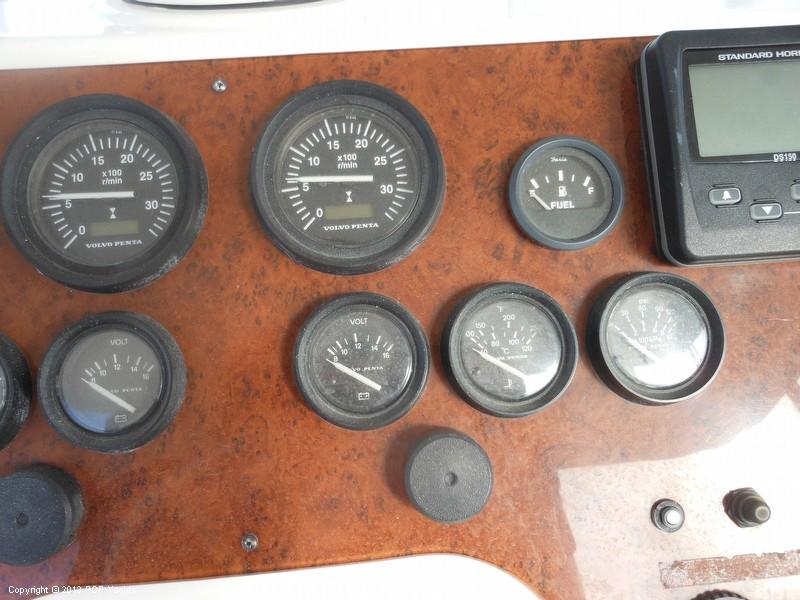 2004 Silverton 42 Convertible - Photo #38