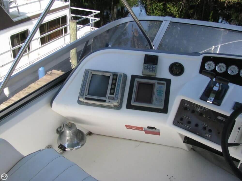 1991 Sea Ray 370 Sedan Bridge - Photo #24