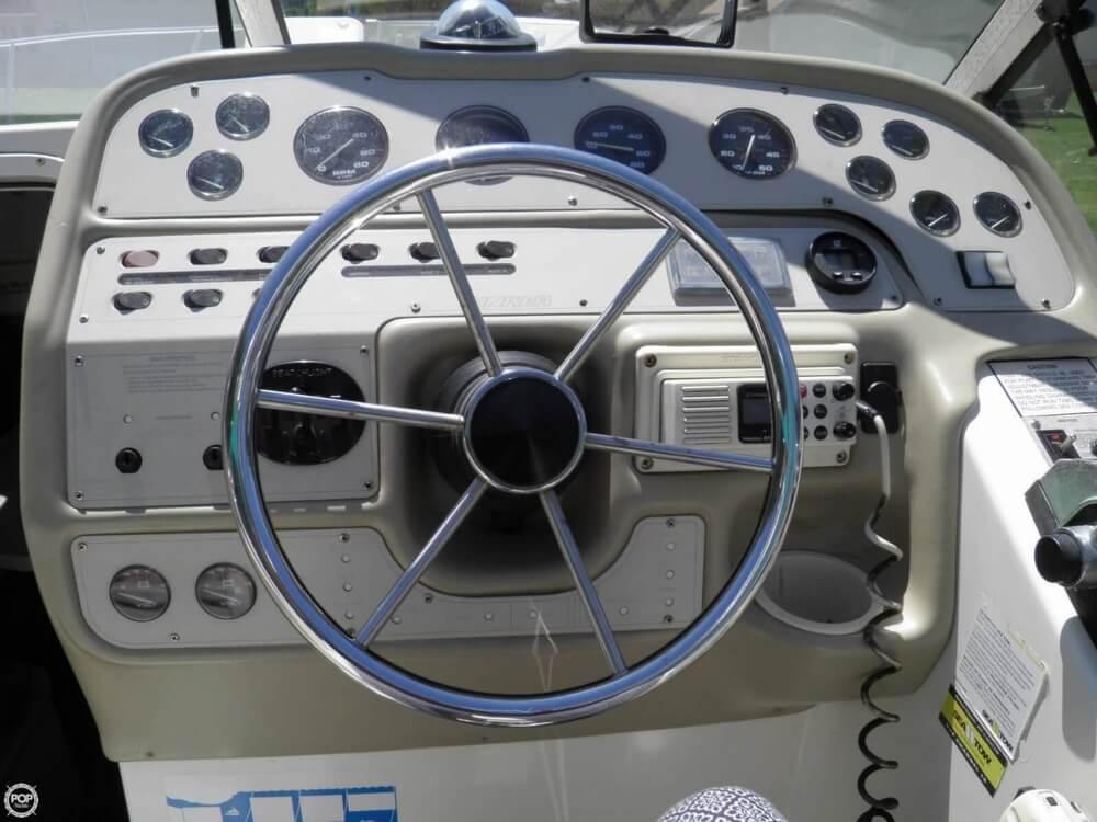 1995 Rinker Fiesta-Vee 280 - Photo #17