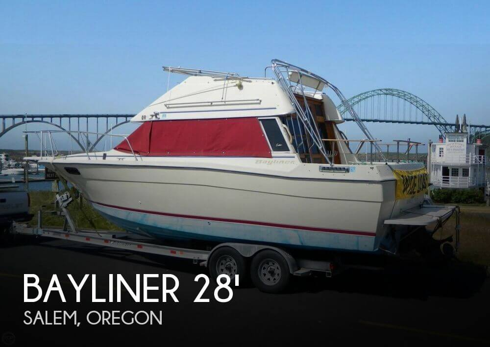 1982 Bayliner 2850 Contessa Sedan Bridge - Photo #1