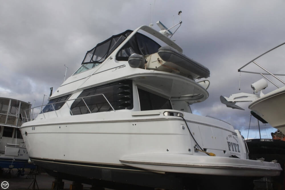 2000 Carver 450 Voyager - Photo #24