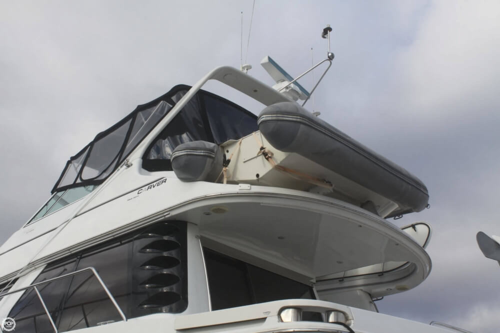 2000 Carver 450 Voyager - Photo #25