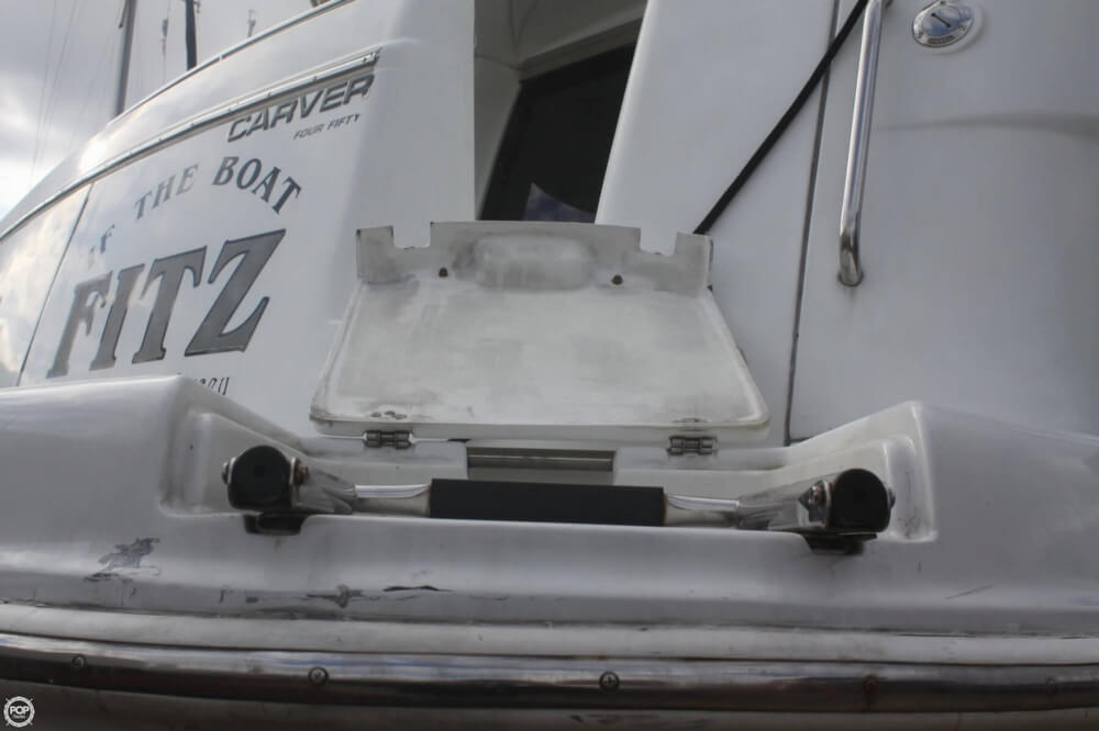 2000 Carver 450 Voyager - Photo #31