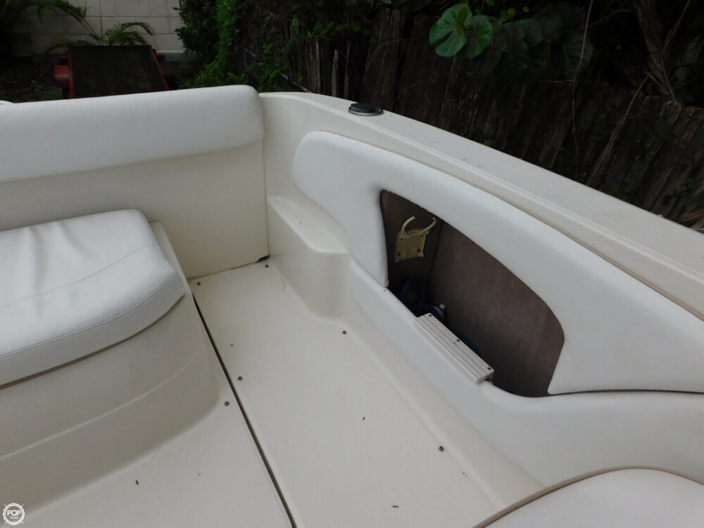2000 Sea Ray 245 Weekender - Photo #33
