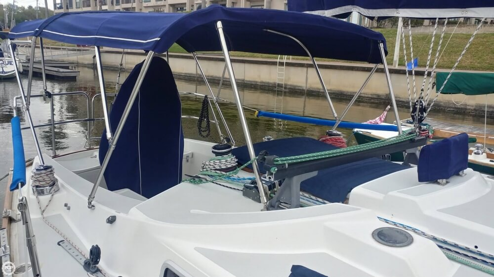 1990 Tartan boat for sale, model of the boat is 34-2 & Image # 6 of 40