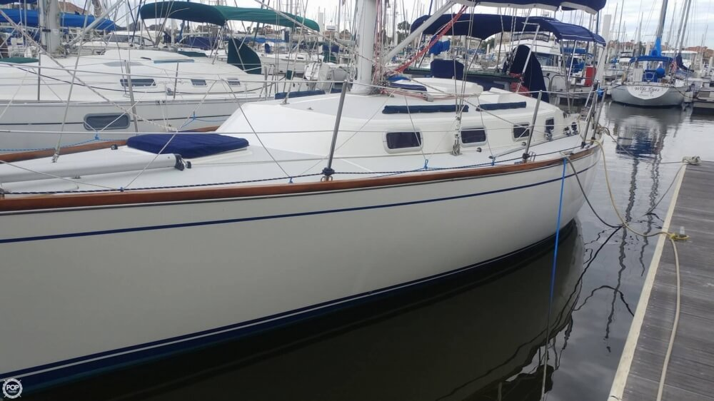 1990 Tartan boat for sale, model of the boat is 34-2 & Image # 4 of 40