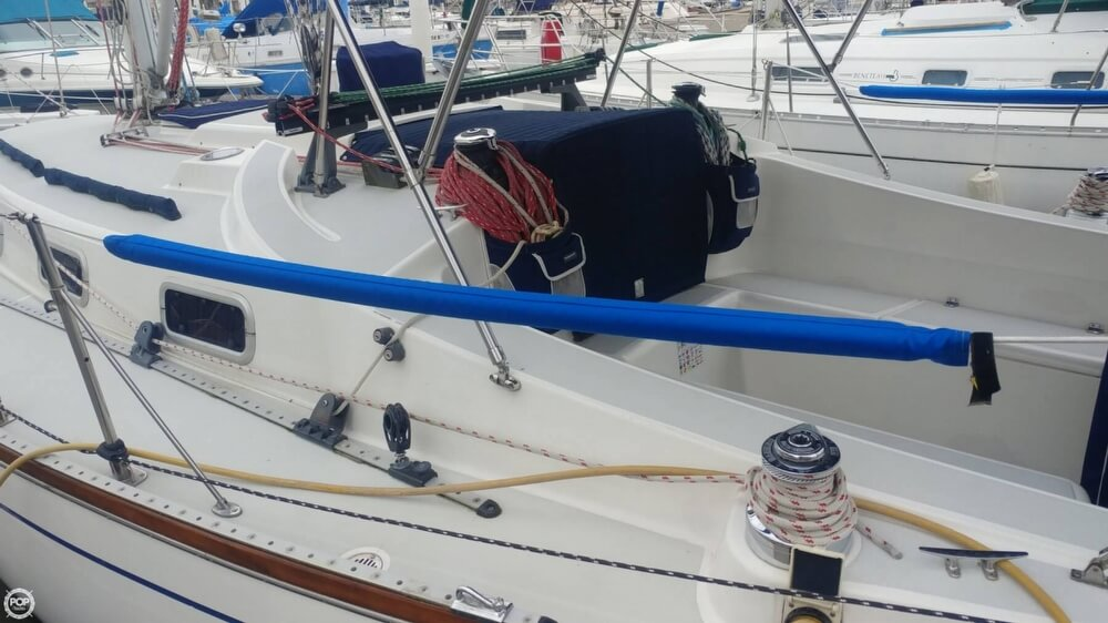 1990 Tartan boat for sale, model of the boat is 34-2 & Image # 9 of 40