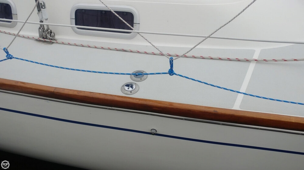 1990 Tartan boat for sale, model of the boat is 34-2 & Image # 20 of 40
