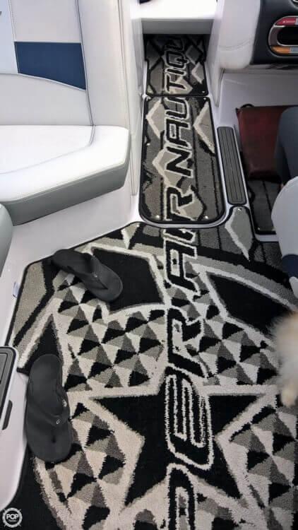 2011 Correct Craft Super Air Nautique 230 - Photo #10