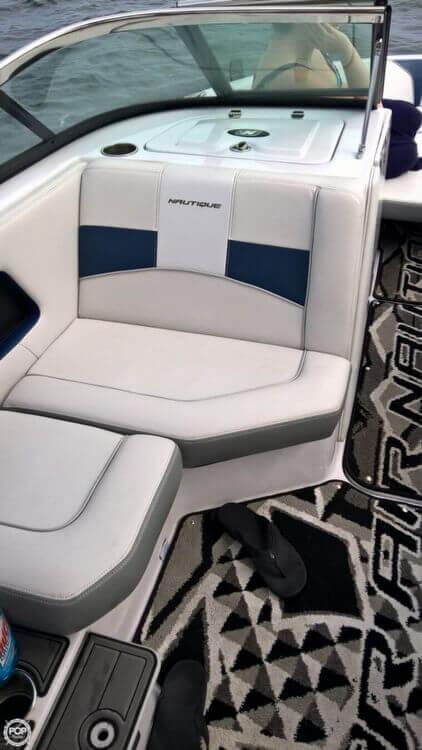 2011 Correct Craft Super Air Nautique 230 - Photo #11