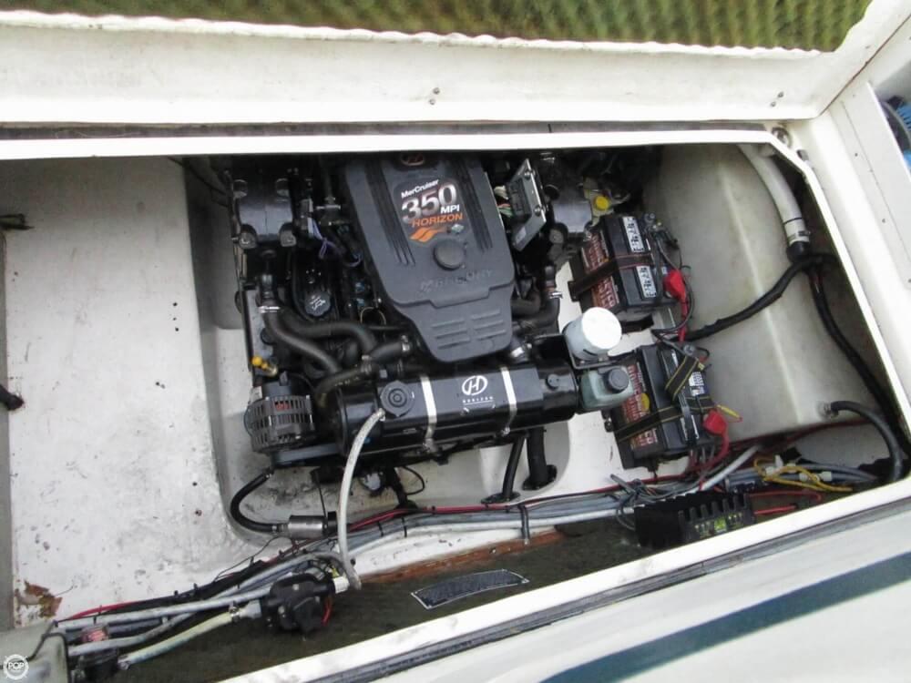 1997 Rinker 266 Fiesta Vee - Photo #33
