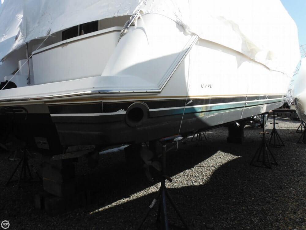 2000 Carver 356 Motor Yacht - Photo #22