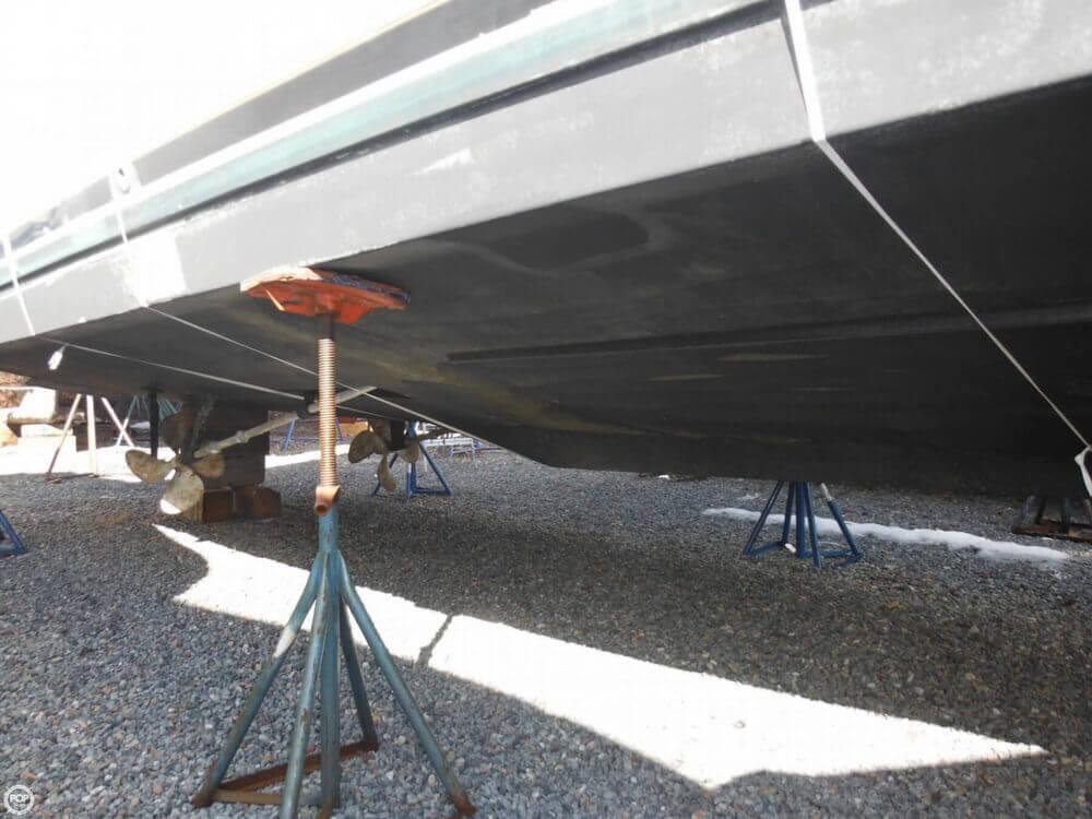 2000 Carver 356 Motor Yacht - Photo #28