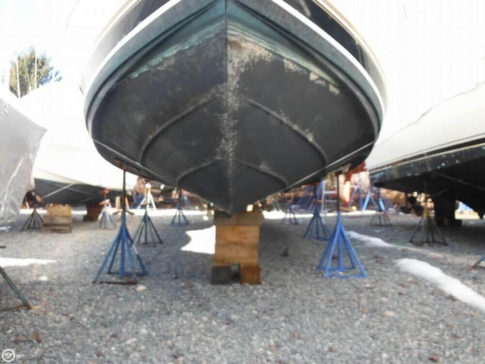 2000 Carver 356 Motor Yacht - Photo #30