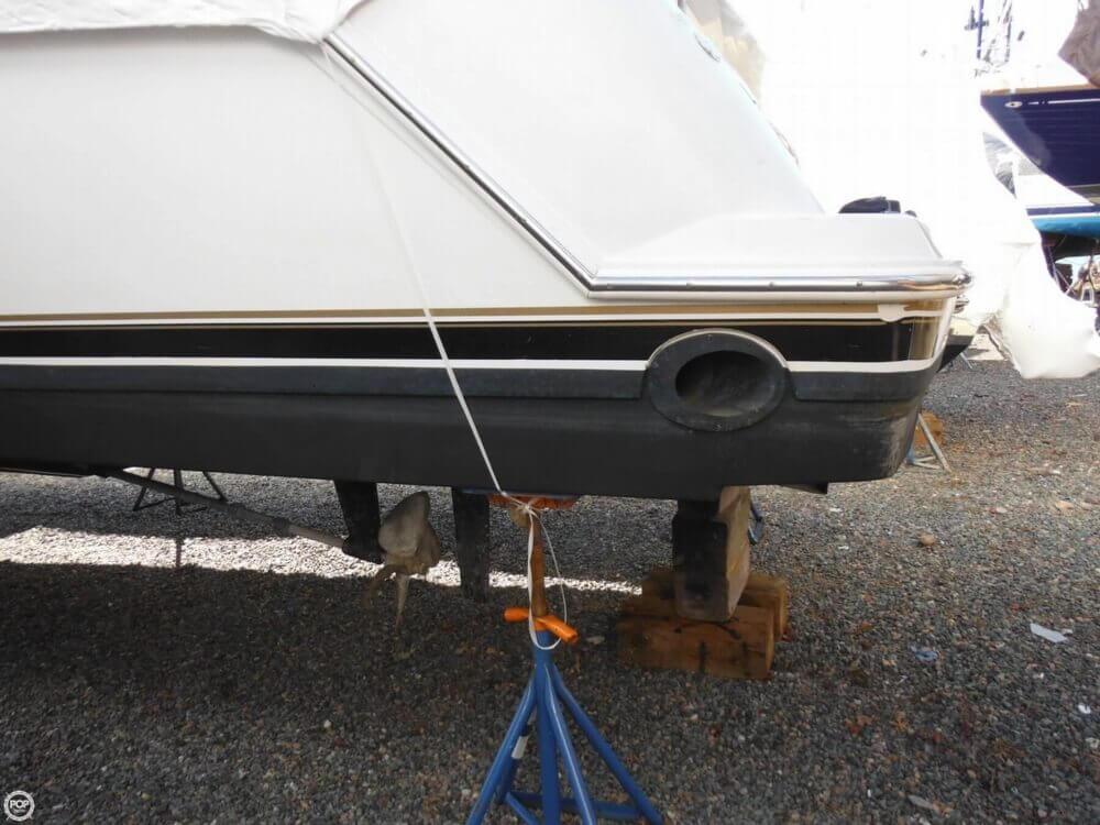 2000 Carver 356 Motor Yacht - Photo #37