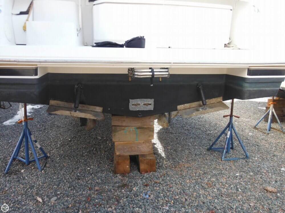 2000 Carver 356 Motor Yacht - Photo #38