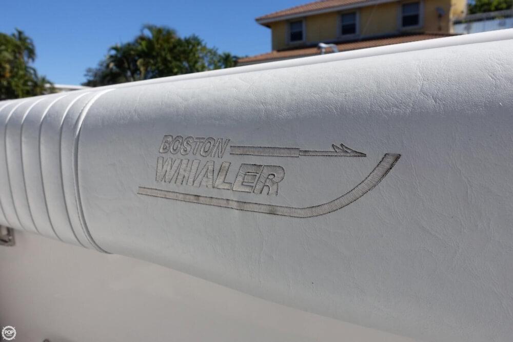 2001 Boston Whaler 26 Conquest - Photo #30