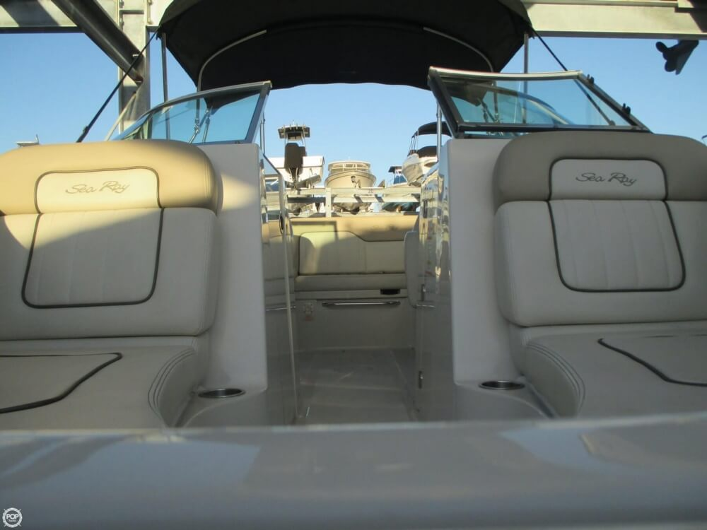 2010 Sea Ray 220 Sundeck - Photo #20