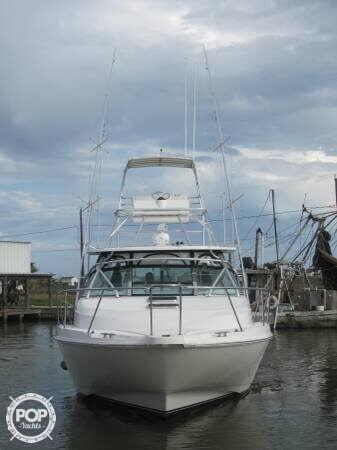 2000 Boston Whaler 34 Defiance - Photo #4