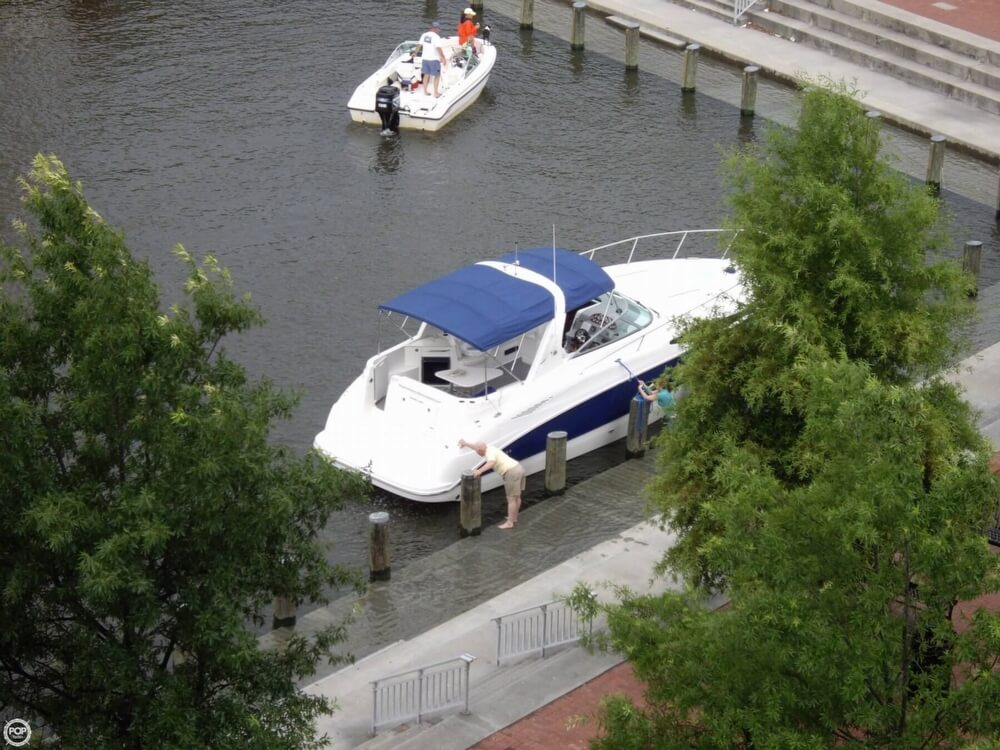 2008 Bayliner 340 Express Cruiser - Photo #9