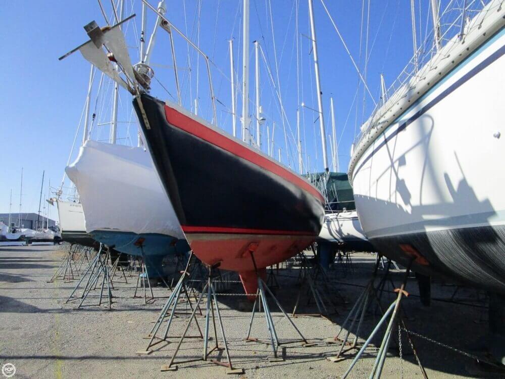 1981 Irwin Yachts 40 Mk II - Photo #3