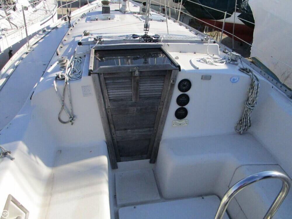 1981 Irwin Yachts 40 Mk II - Photo #15