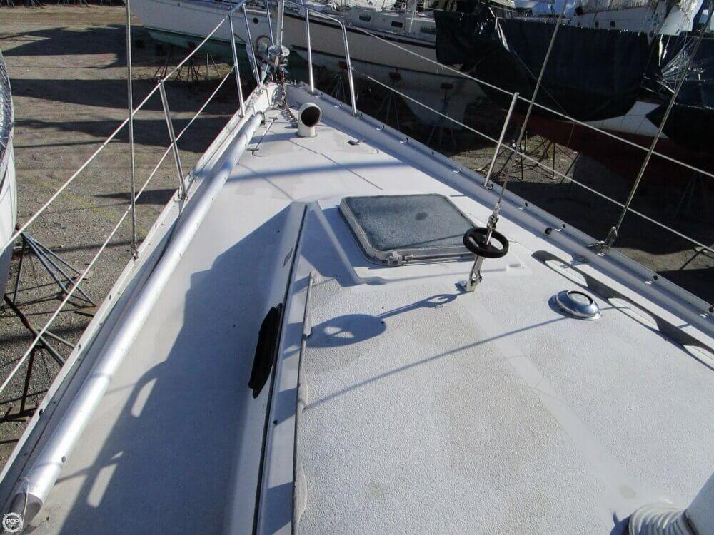 1981 Irwin Yachts 40 Mk II - Photo #17