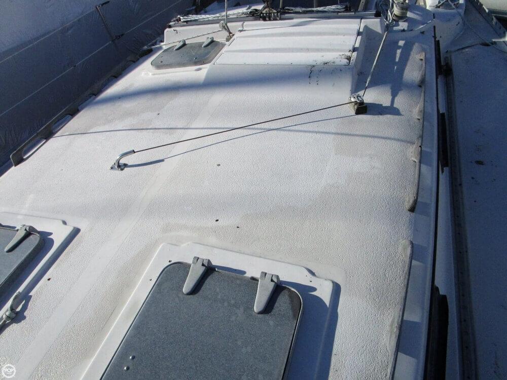 1981 Irwin Yachts 40 Mk II - Photo #18