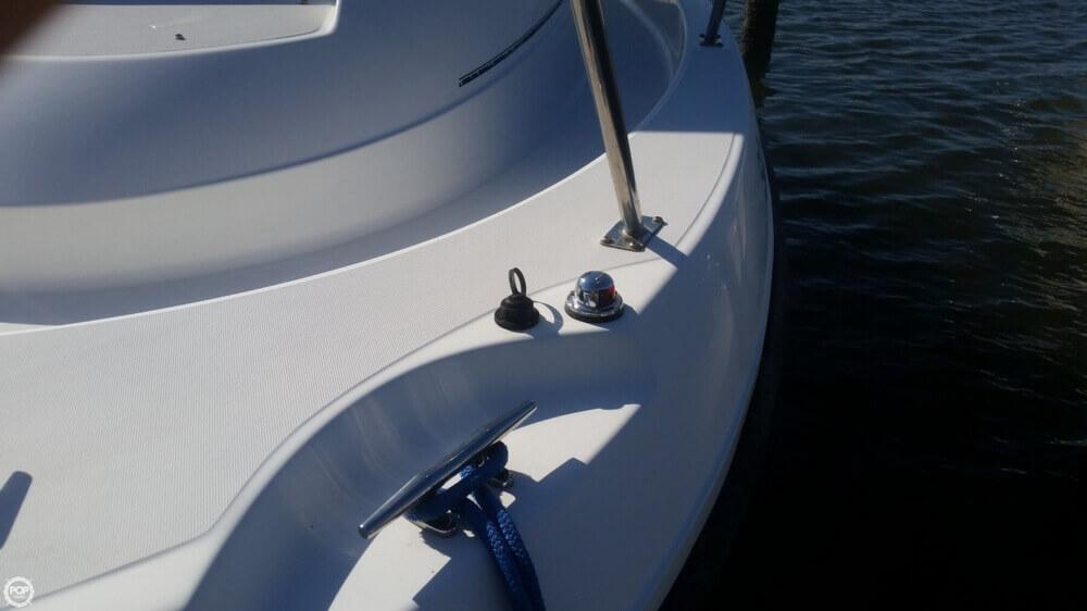 2006 Boston Whaler 255 Conquest - Photo #24