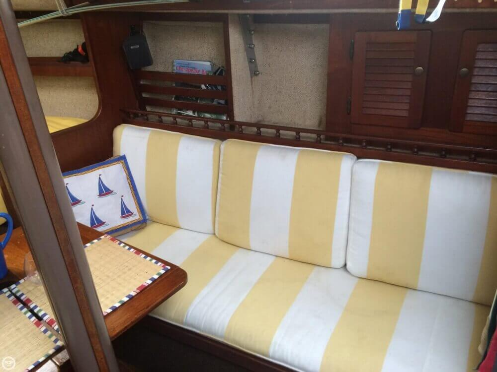 1981 S2 Yachts 9.2M - Photo #5