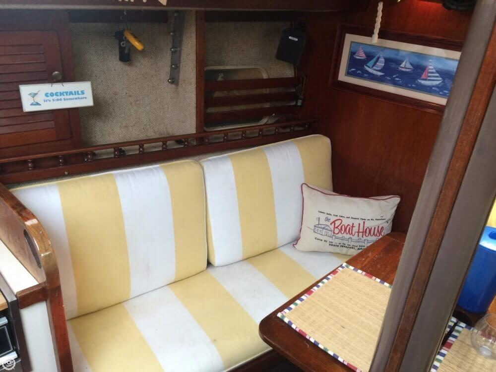 1981 S2 Yachts 9.2M - Photo #6