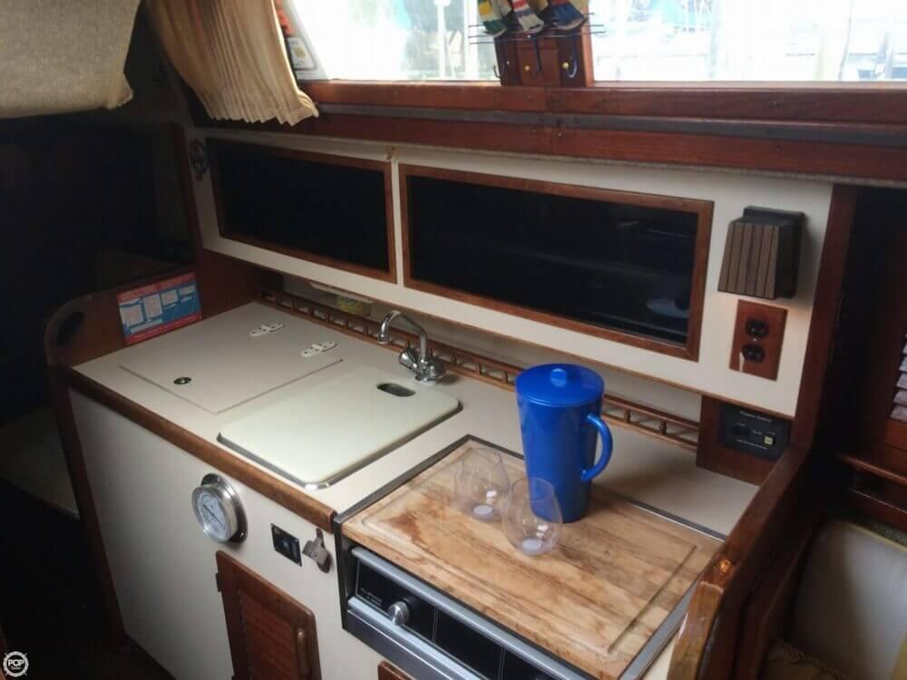 1981 S2 Yachts 9.2M - Photo #7