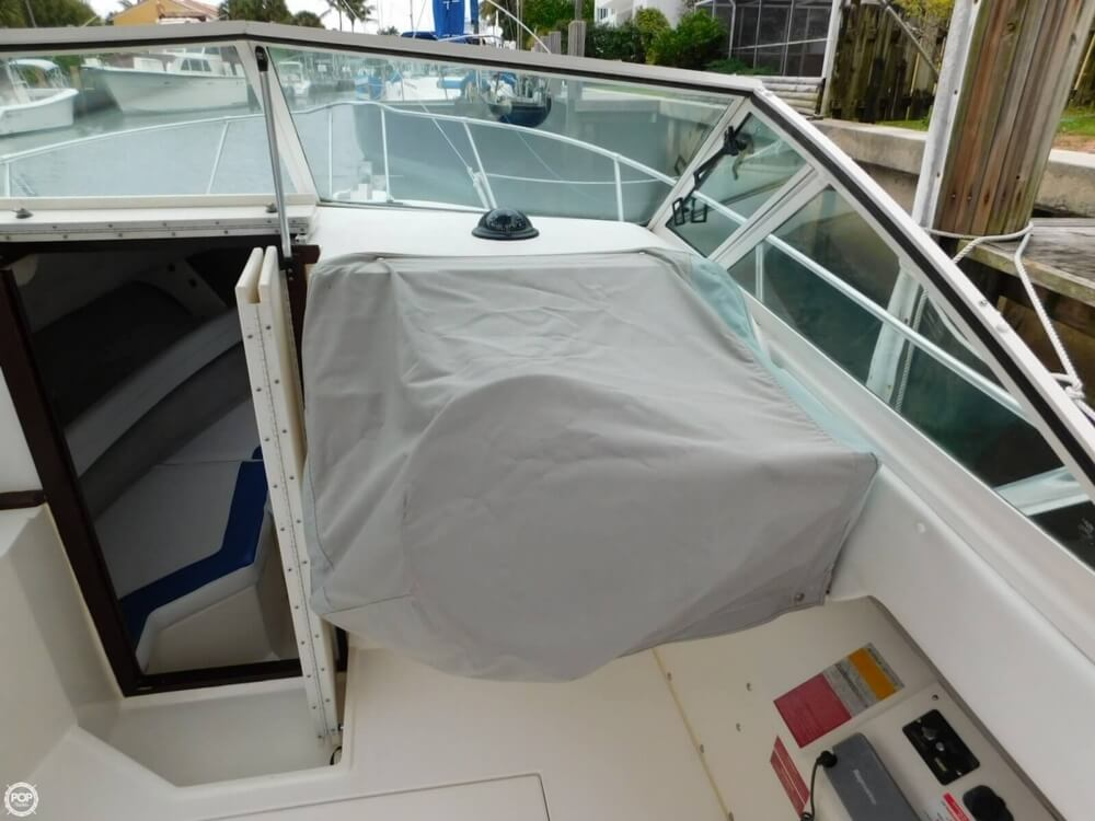 1991 Sea Ray boat for sale, model of the boat is Laguna 24 & Image # 11 of 41
