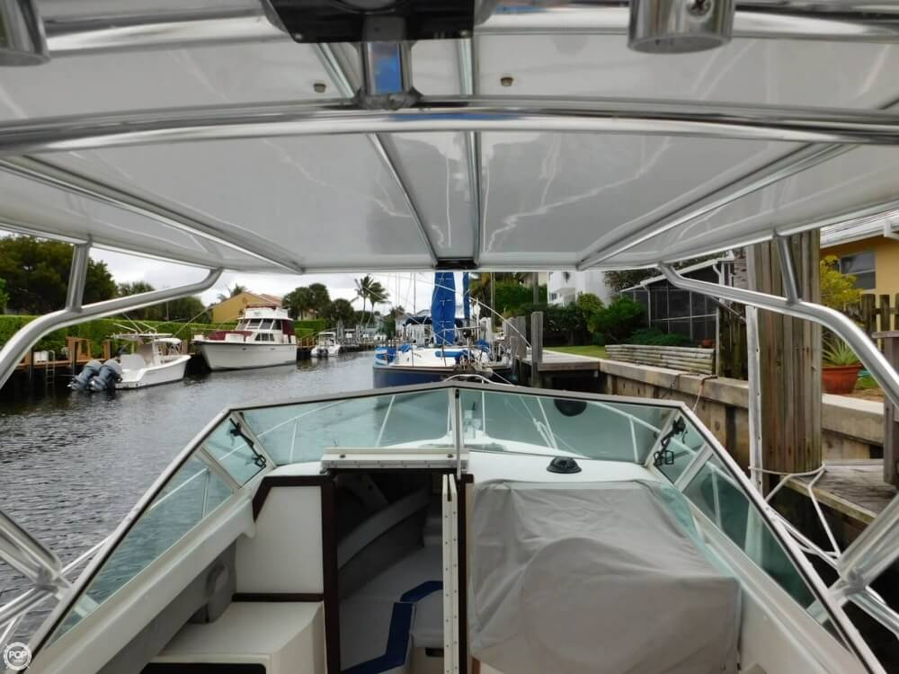 1991 Sea Ray boat for sale, model of the boat is Laguna 24 & Image # 3 of 41