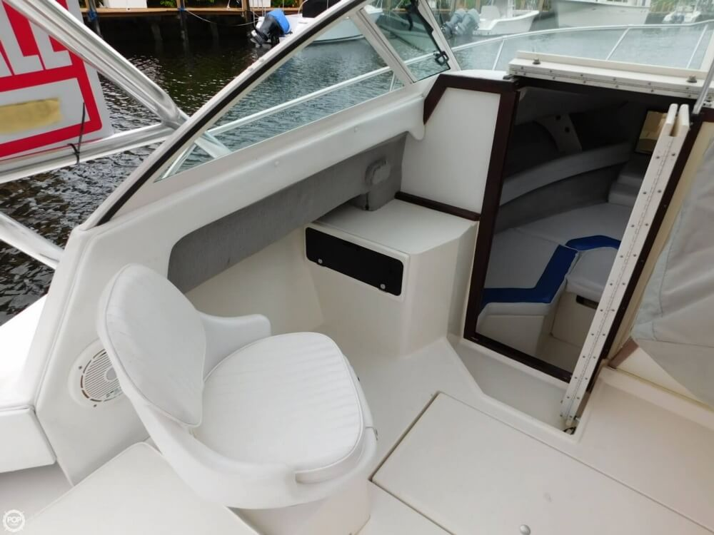 1991 Sea Ray boat for sale, model of the boat is Laguna 24 & Image # 14 of 41
