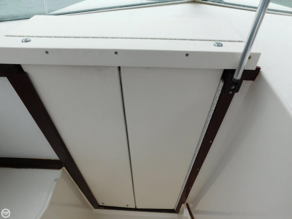 1991 Sea Ray boat for sale, model of the boat is Laguna 24 & Image # 28 of 41