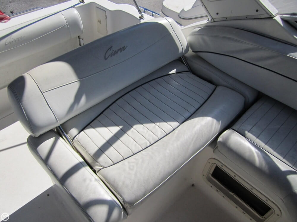 1998 Bayliner 2855 Ciera - Photo #26