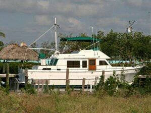1982 CHB 41 Double Cabin Trawler - Photo #2