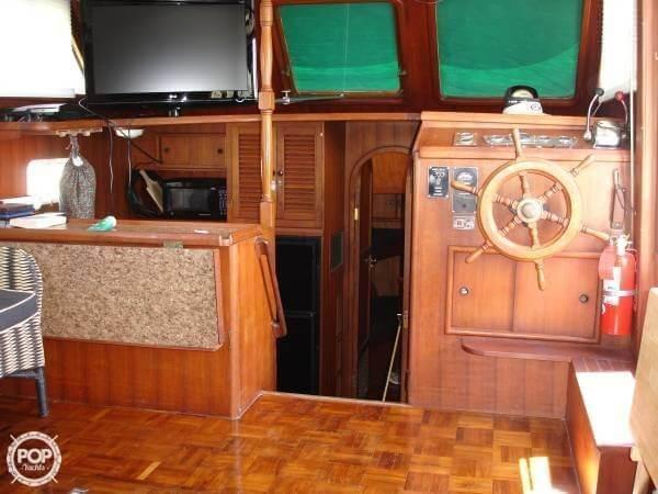 1982 CHB 41 Double Cabin Trawler - Photo #11
