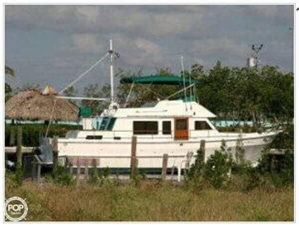 1982 CHB 41 Double Cabin Trawler - Photo #16