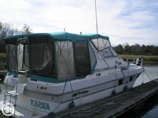 1989 Cruisers 3370 Espirit - Photo #4
