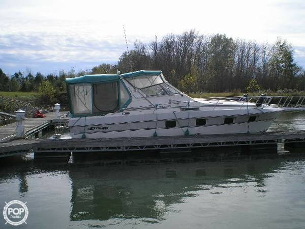 1989 Cruisers 3370 Espirit - Photo #8