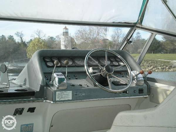 1989 Cruisers 3370 Espirit - Photo #10